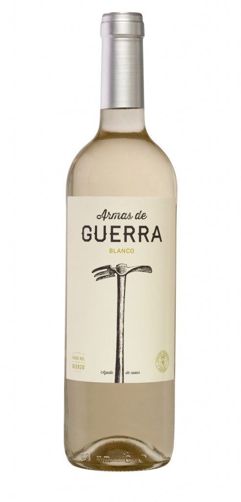 Armas de Guerra Blanco wine bottle design