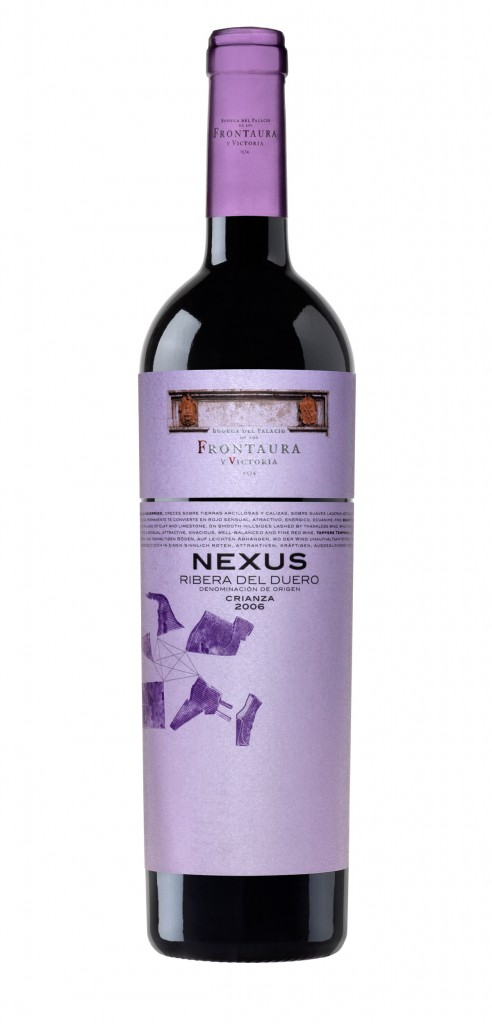 Nexus Crianza wine bottle design