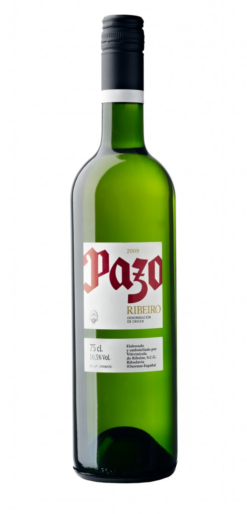 Pazo wine bottle design