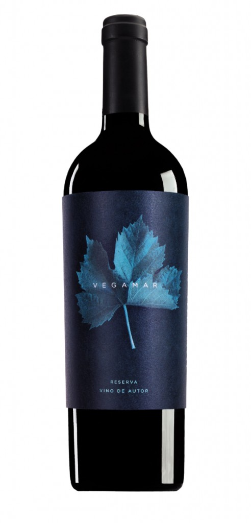 Vegamar Reserva Vino Autor wine bottle design