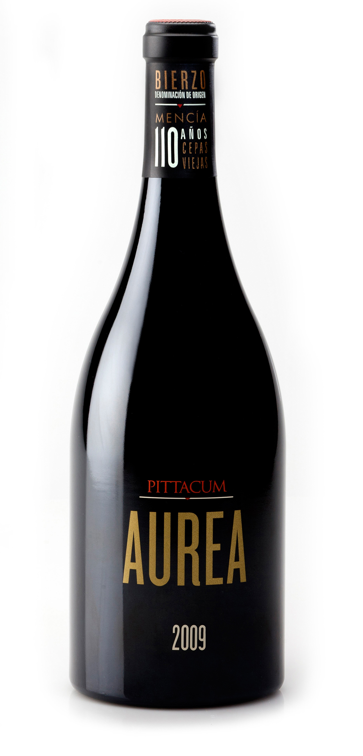 Pittacum Aurea wine bottle design