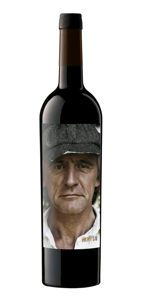 Matsu El Recio wine bottle design
